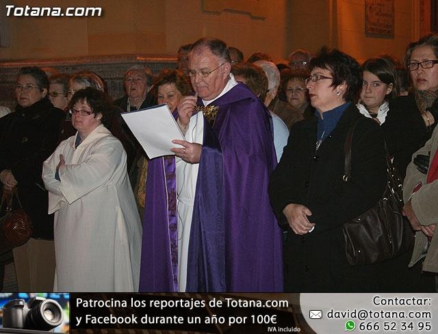 VÍA CRUCIS ORGANIZADO POR LA HERMANDAD DE JESÚS EN EL CALVARIO Y SANTA CENA . 2009 - 28