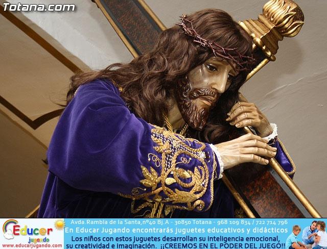 Solemne Viacrucis con la imagen de Nuestro Padre Jesús Nazareno - 2011 - 4