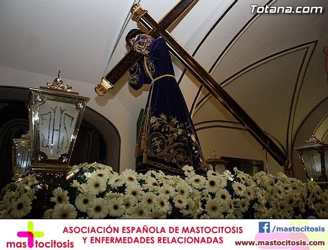 Solemne Viacrucis con la imagen de Nuestro Padre Jesús Nazareno - 2011 - 6