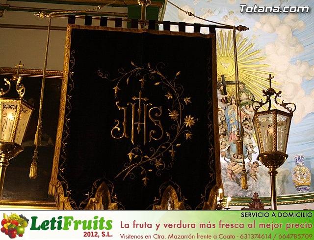 Solemne Viacrucis con la imagen de Nuestro Padre Jesús Nazareno - 2011 - 9