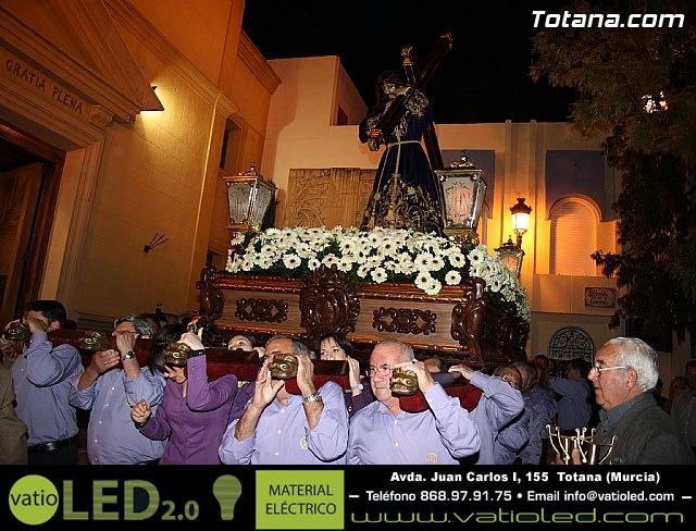 Solemne Viacrucis con la imagen de Nuestro Padre Jesús Nazareno - 2011 - 24
