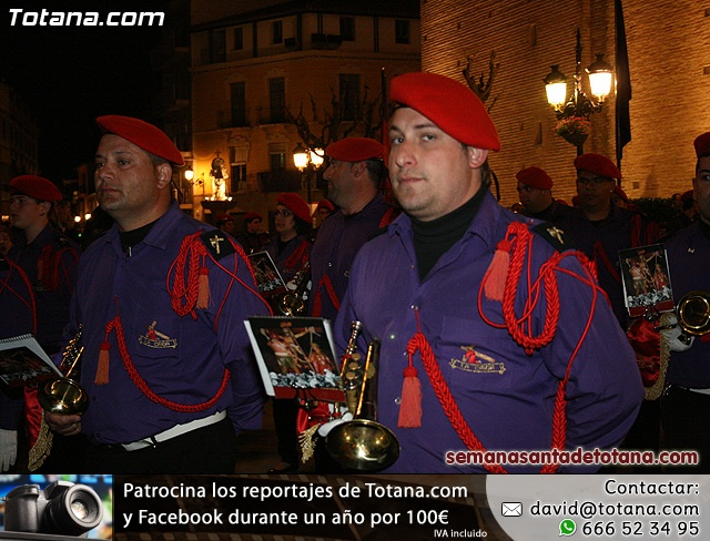 Procesión del Santo Entierro - Viernes Santo 2010 - Reportaje I (Salida y recogida 2)   - 26