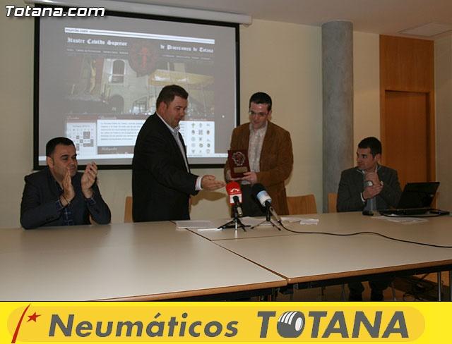 Presentación página web semanasantadetotana.com - 38