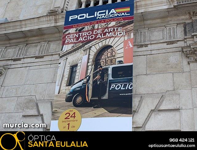 La Policía Nacional enseña su trabajo a los murcianos - 3