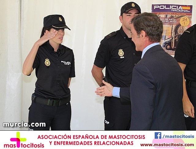 La Policía Nacional enseña su trabajo a los murcianos - 479