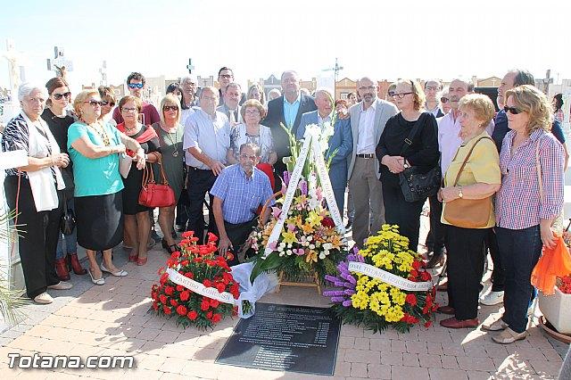 Acto institucional de descubrimiento de la lápida en memoria de los 11 fusilados de Totana y Aledo en octubre 1939 - 74